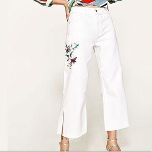 Zara White High Waisted Wide Leg Jeans Size 0